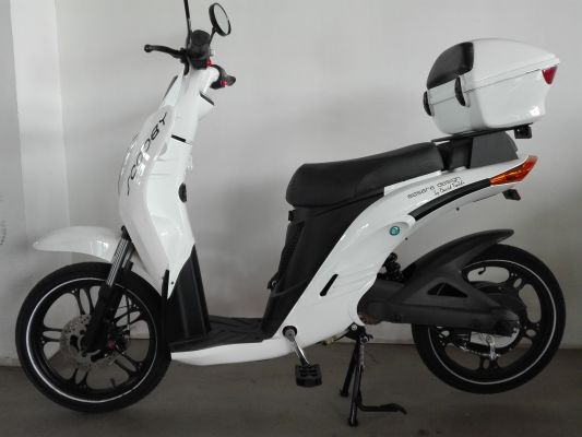 iO Scooter Scooby
